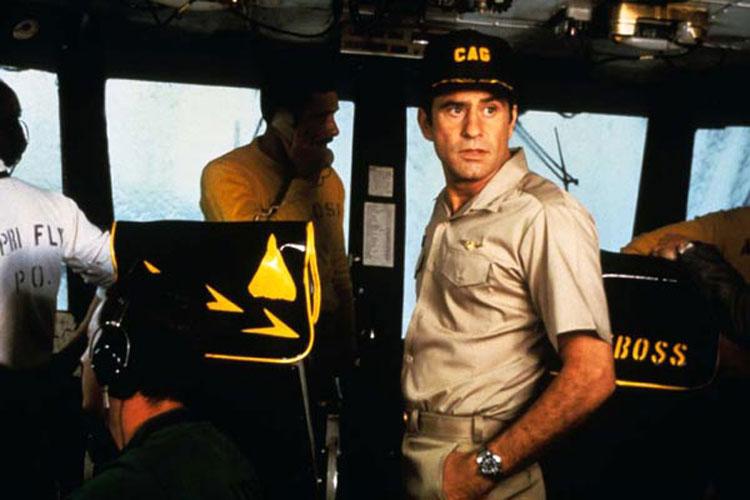 Nimitz, retour vers l'enfer : James Farentino porte une Rolex Submariner