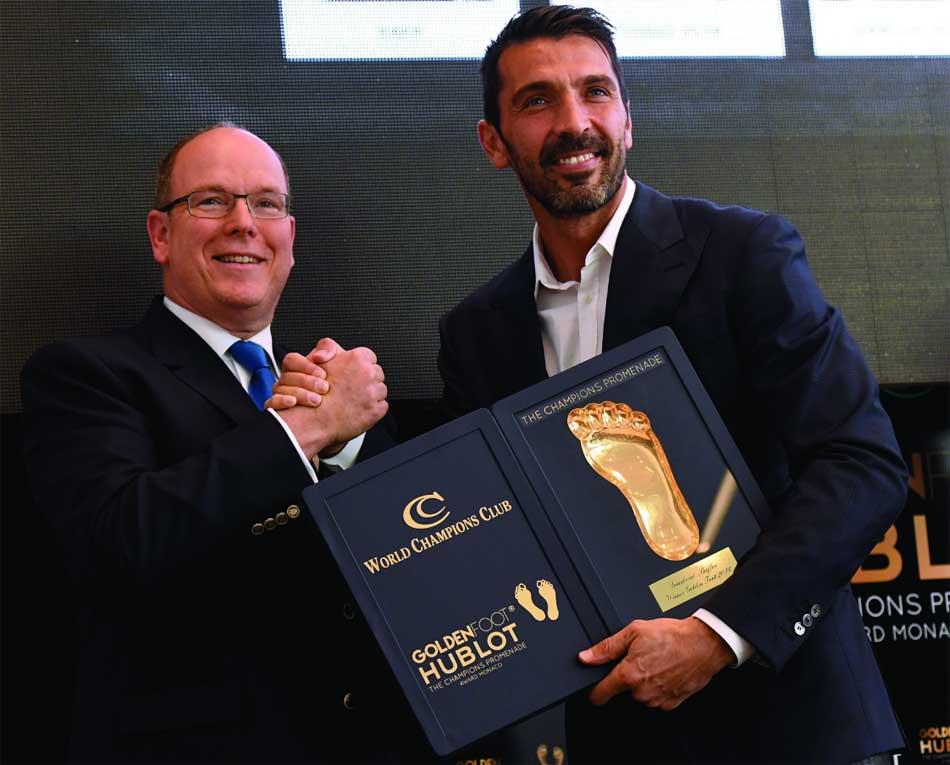 Golden Foot Hublot : les fans élisent Buffon