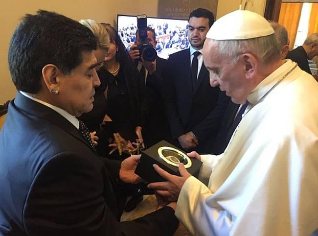 Hublot, Maradona et le pape pour reconstruire Amatrice