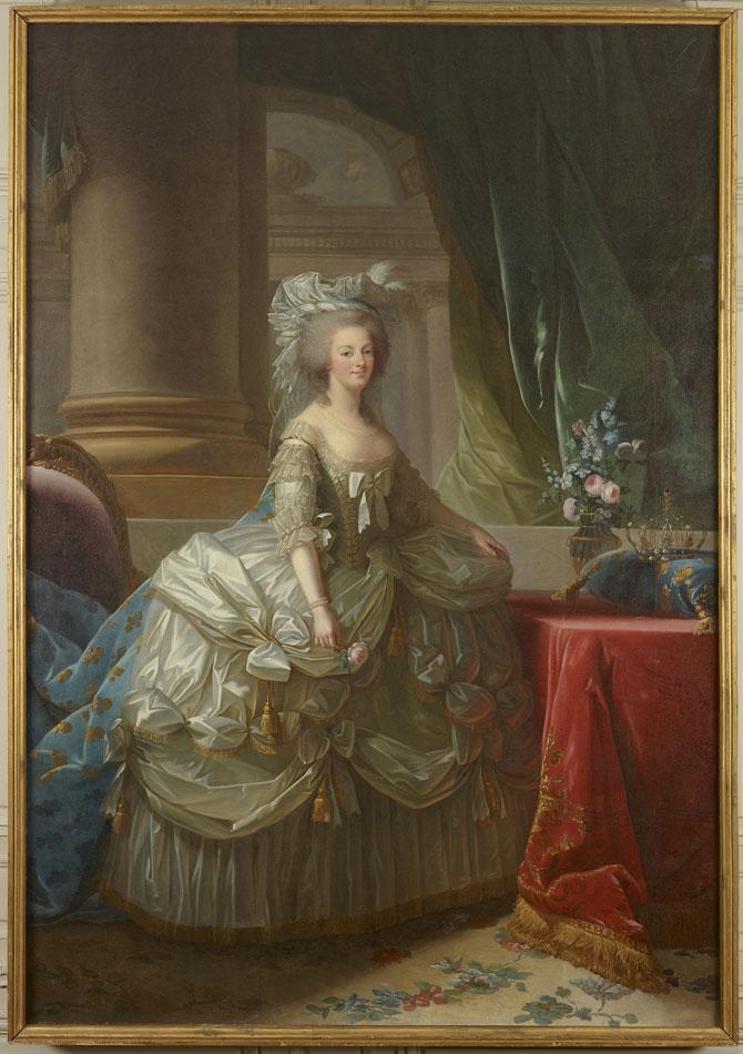 Tokyo : Breguet célèbre l'expo Marie-Antoinette, une Reine à Versailles