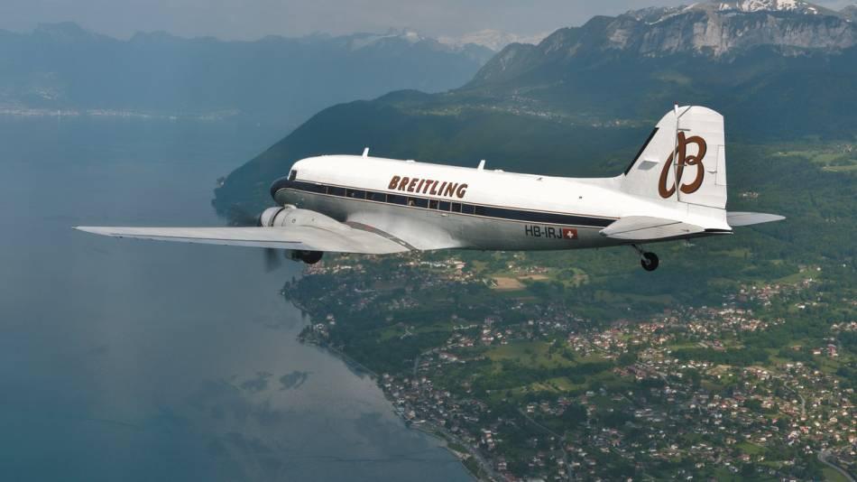Le Breitling DC-3 s'est envolé pour son grand tour du monde