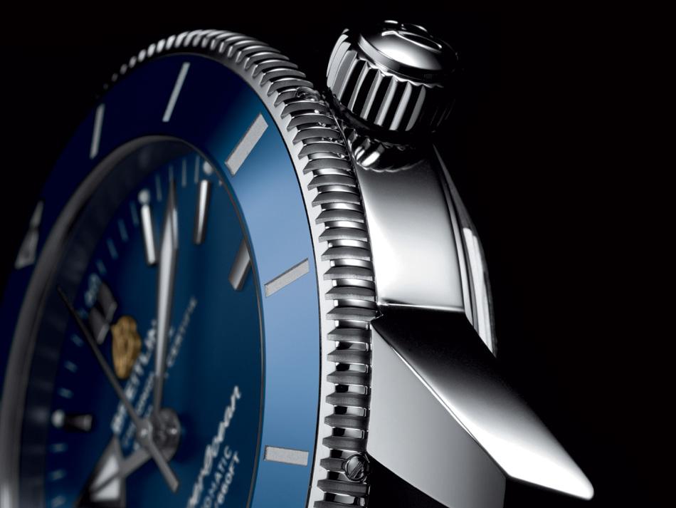 Breitling Superocean Heritage II : un classique superbement motorisé