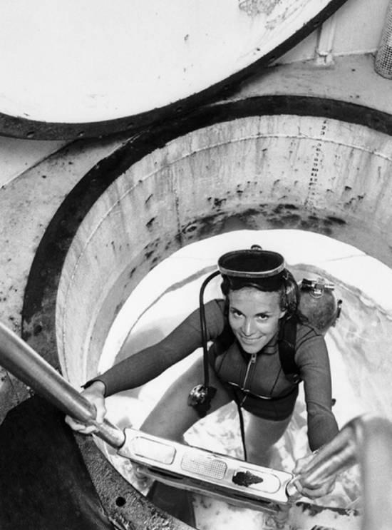 Sylvia Earle, biologiste marine et Témoignage Rolex, a dirigé l'équipe féminine de Tektite II en 1970.