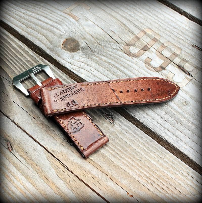 Canotage-strap : beaux bracelets artisanaux en cuir patiné ou vintage