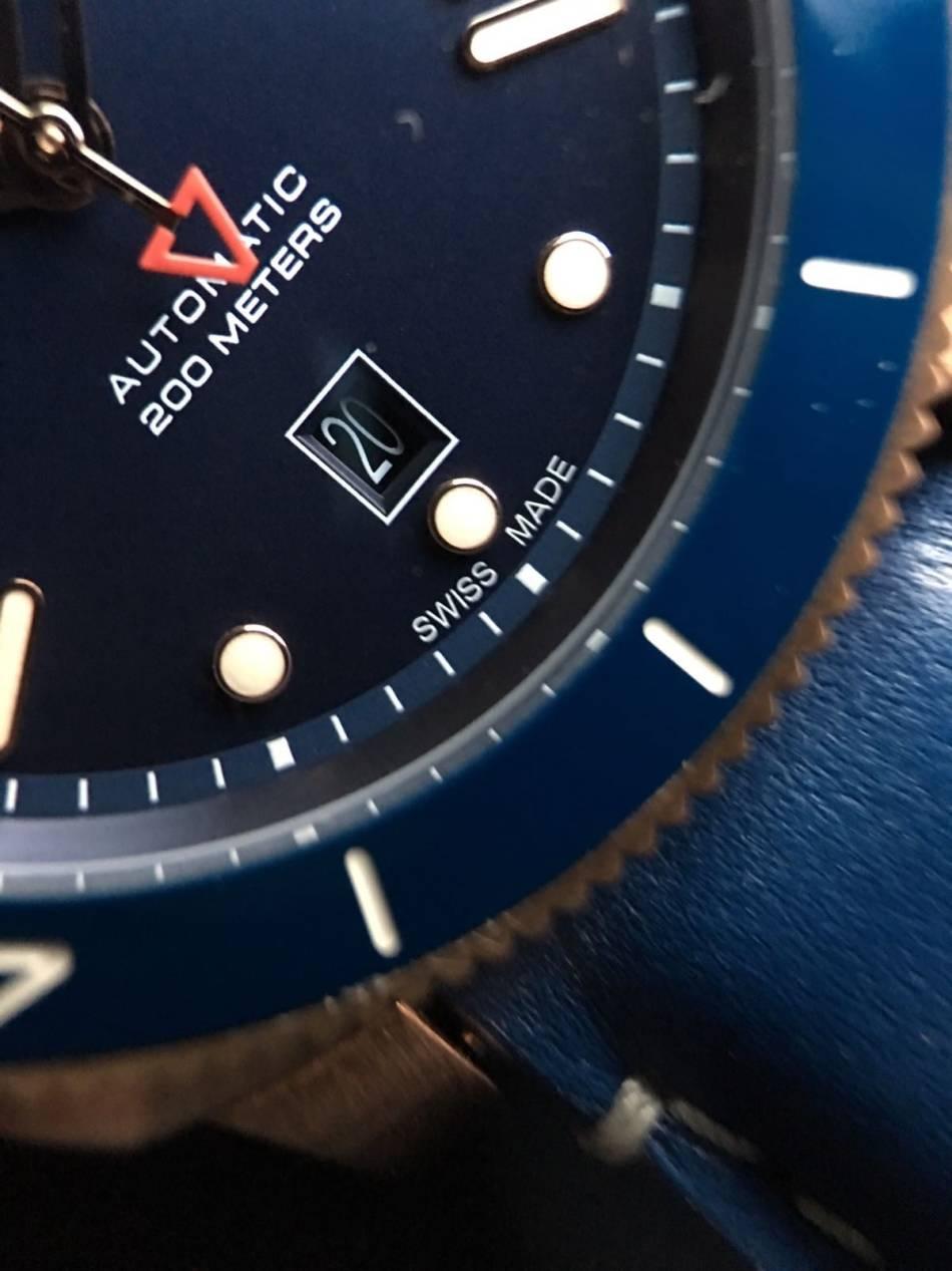Anonimo Nautilo : belle version en bronze sur cadran bleu