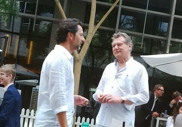 Max Busser en pleine discussion avec François-Paul Journe pendant la DWW 2016