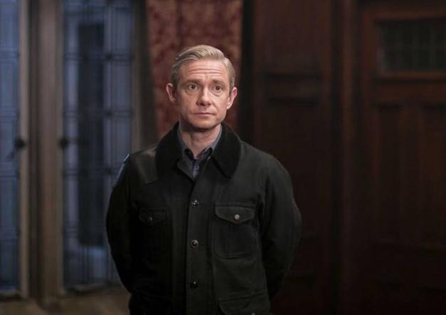 Sherlock : Martin Freeman porte une Breguet Type XX