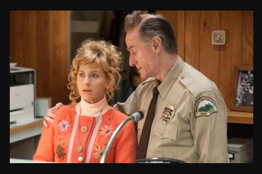 Mystères à Twin Peaks : Harry Goaz porte une Rolex Datejust