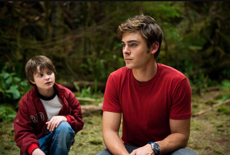 Le secret de Charlie : Zac Efron porte une TAG Heuer Aquaracer