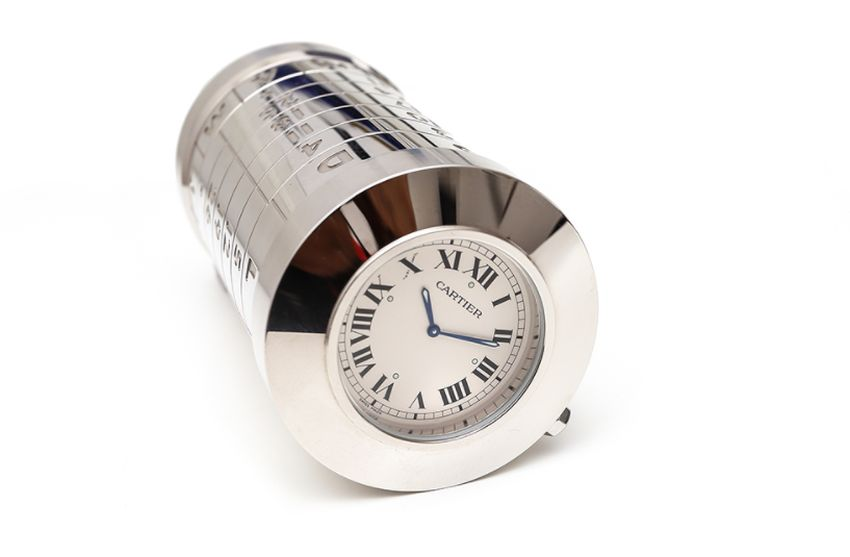 Pendulette Cartier boite à cigarettes et calendrier