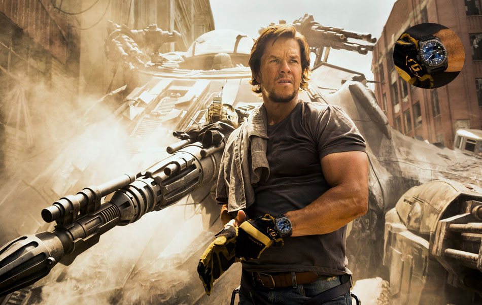 Transformers The last knight : Mark Wahlberg porte une Breitling Cockpit B50