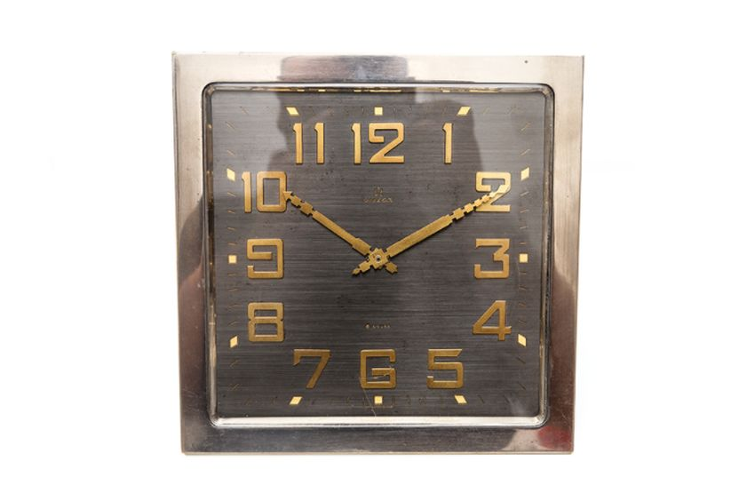 Old-time-heure : l'Art Déco sur votre bureau avec cette pendulette Omega