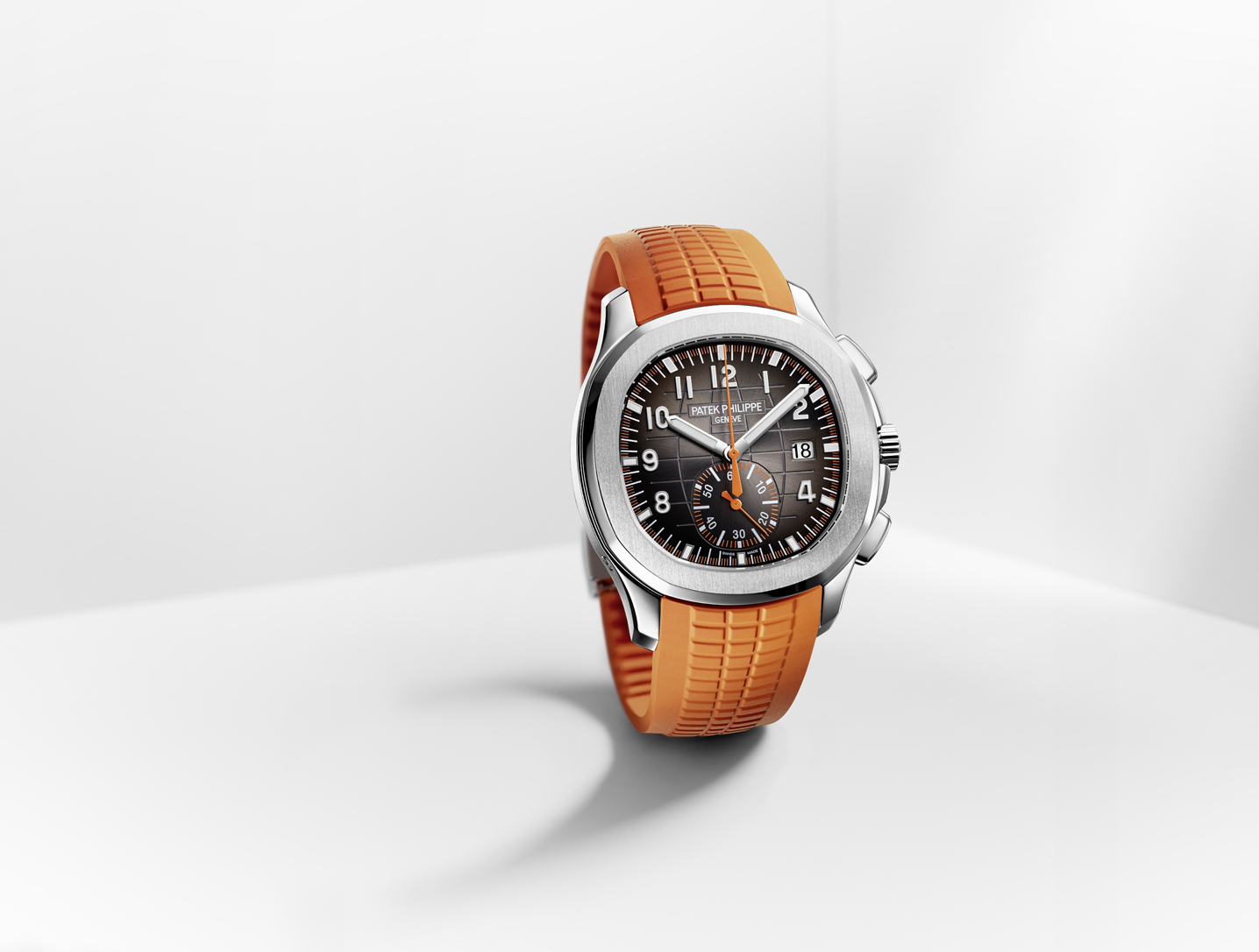 Patek Philippe Aquanaut Chronographe : orange is new black
