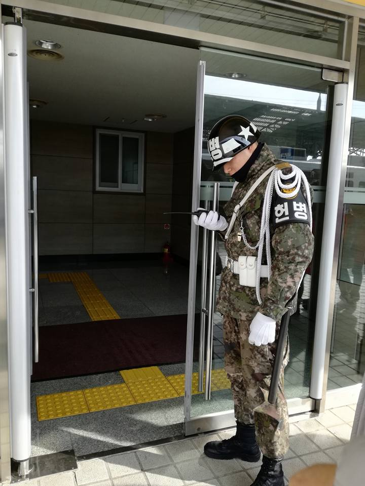 Corée du nord : Kim Jong-un remet les pendules à l'heure de Séoul