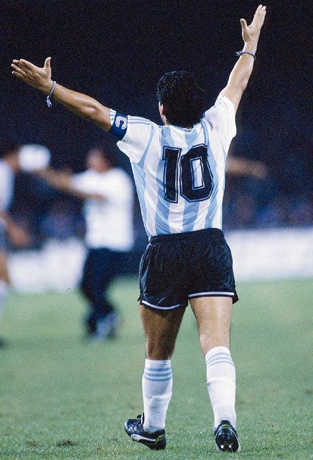 """Maradona : un """"bien bel"""" ambassadeur horloger..."""