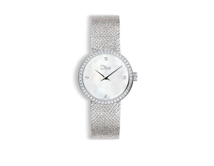 Brigitte Macron et sa montre D de Dior à l'heure des Bleus