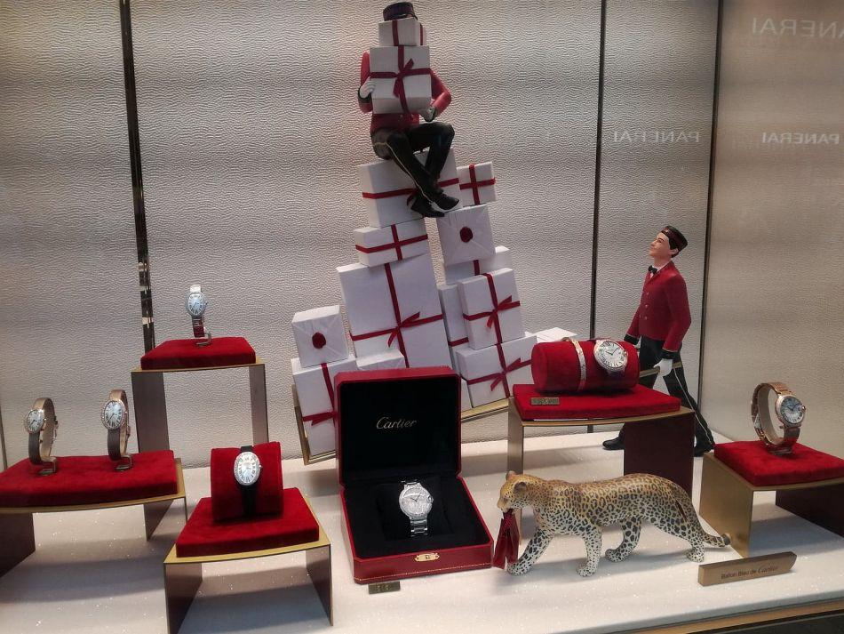 Cartier : les plus belles vitrines horlogères de Noël