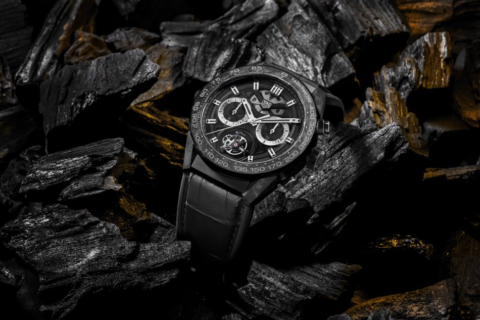 TAG Heuer Carrera Heuer 02 carbone tourbillon