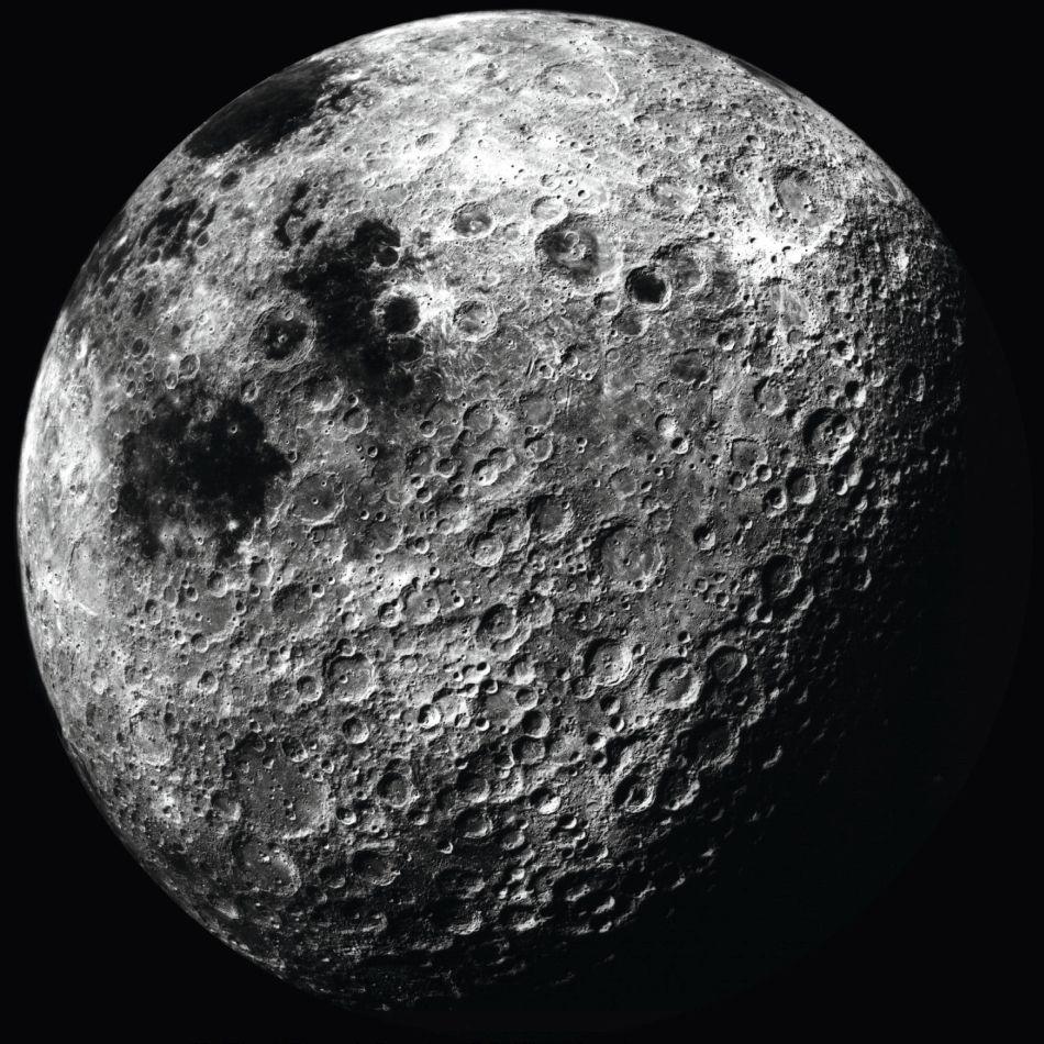 Grand Palais : la Moonwatch mise en avant dans l'exposition sur la Lune
