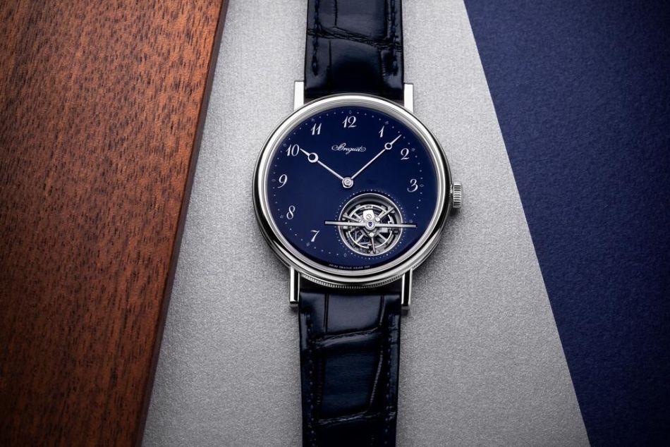 Breguet Classique Tourbillon Extra-Plat cadran émail grand feu bleu