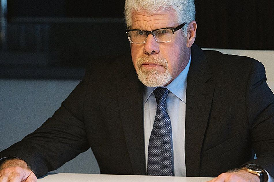 Ron Perlman, Hand of God, Portugaise IWC, DR