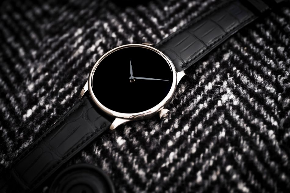 Venturer Vantablack Black Hands or blanc 39 mm