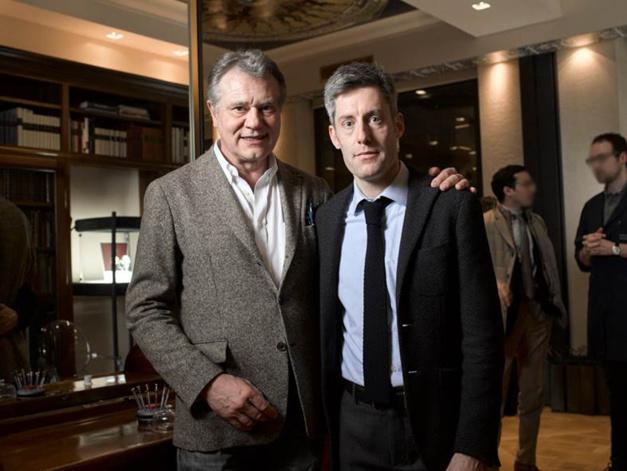 François-Paul Journe et Lucas Pouedras dans le boutique FPJ à Paris