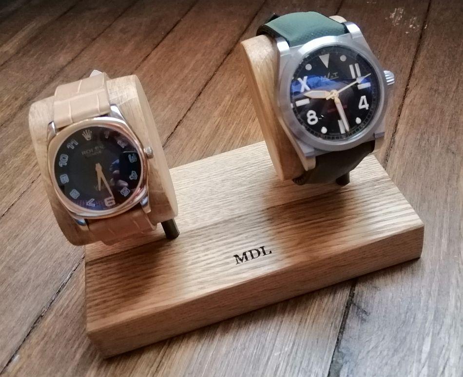 Repose-montre Ponctuel.le