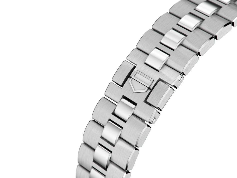 TAG Heuer : la Monaco 2020 se pare d'un bracelet acier