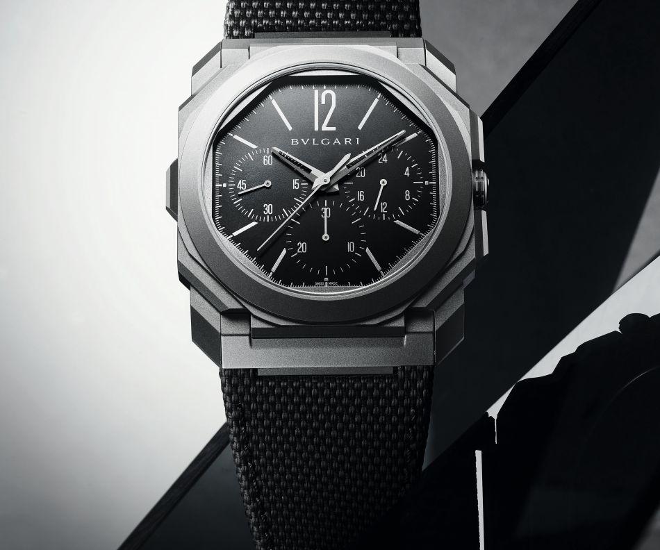 Octo Finissimo Chronograph GMT Titanium : désormais sur bracelet caoutchouc avec cadran noir