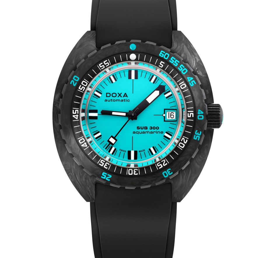 Doxa Sub 300 carbone forgé COSC