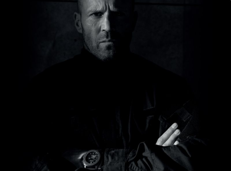 Five Eyes : Jason Statham porte une Panerai Submersible