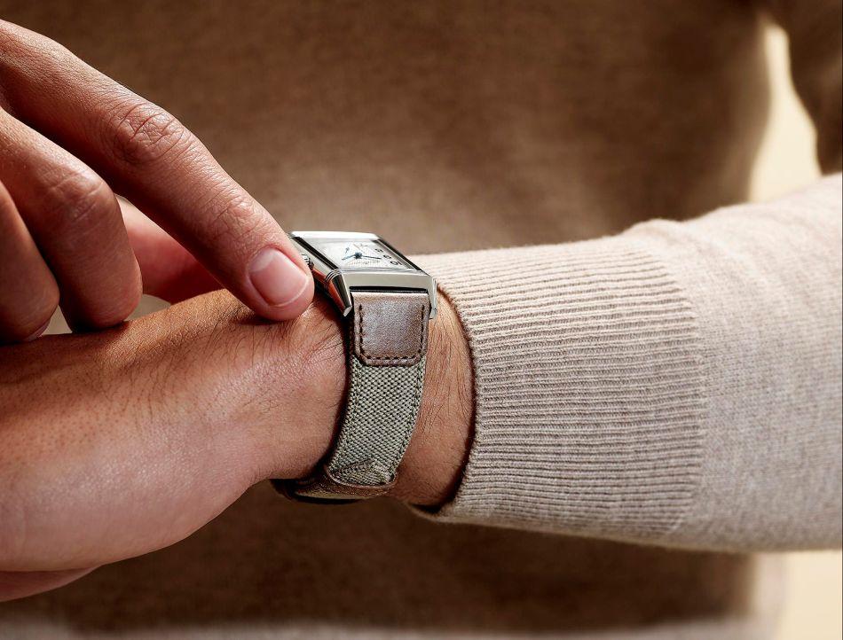 Jaeger-LeCoultre : de nouveaux bracelets en cuir et toile pour ses Reverso