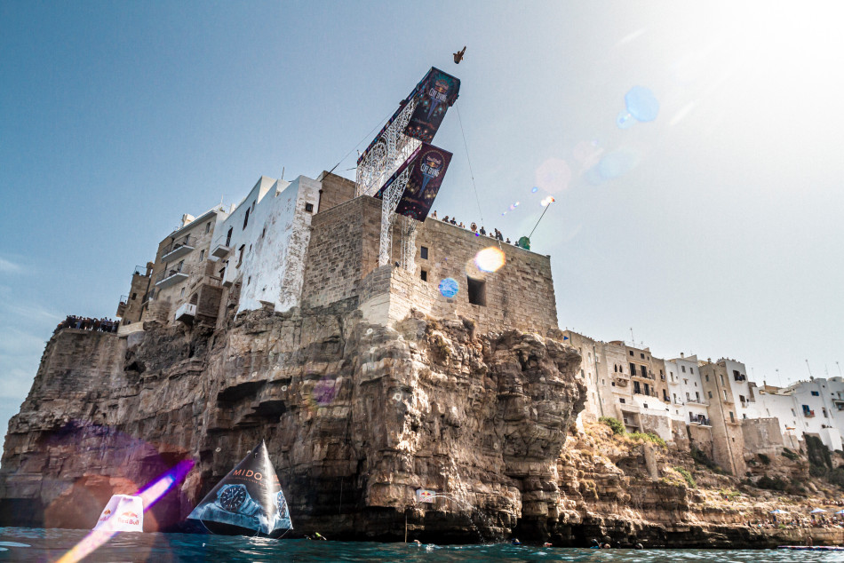 Copyright Red Bull Cliff Diving