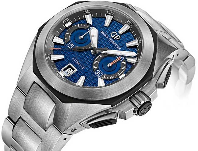 Chrono Hawk Girard-Perregaux sur bracelet acier