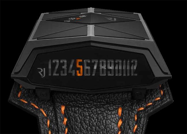 RJ-Romain Jerome Spacecraft Black : Spacecraft is back in black !