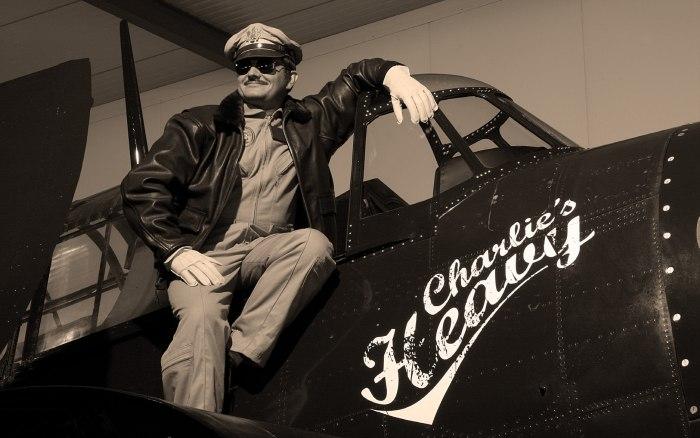 Vulcain : campagne vintage pour l'Aviator Instrument Chronograph