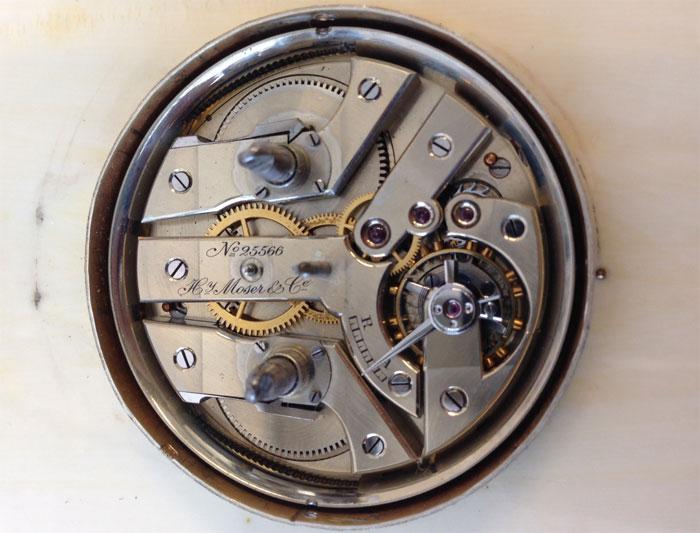 Vente aux enchères : une pendulette de bureau Fabergé calibre Moser vendue près de 90.000 euros