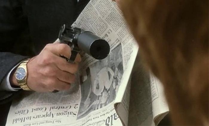 Folle à tuer : Tomas Milian porte une Rolex Air King