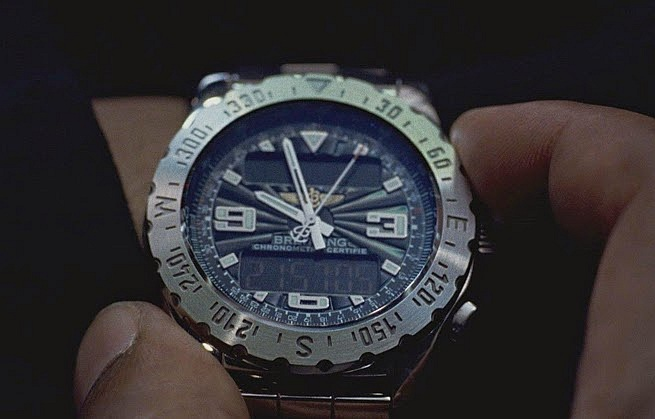 The code : Morgan Freeman porte un chrono Breitling Aerospace