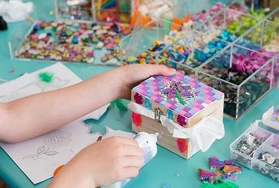 L'Ecole Van Cleef & Arpels ouvre ses portes aux jeunes avec les Ateliers Créatifs