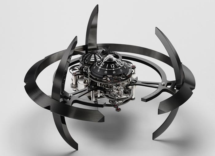 Starfleet Machine – L'Epée 1839 par MB&F