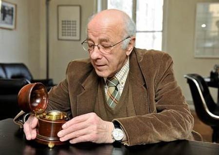 F.P. Journe rachète la bibliothèque de Jean-Claude Sabrier : une belle preuve d'amité