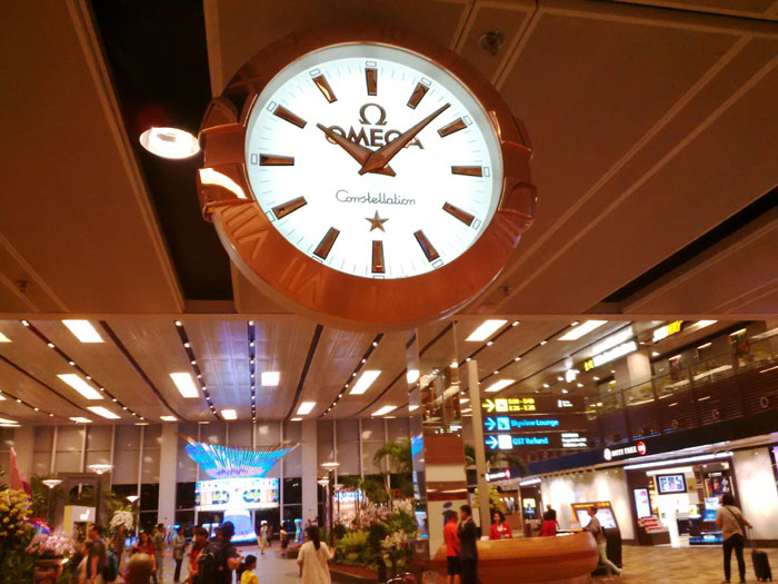 Horloge Omega Constellation à Changi Airport Singapore