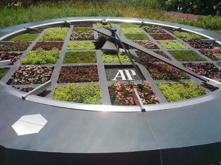Singapour : une horloge géante Audemars Piguet dans Garden by the Bay