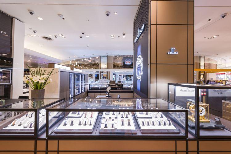 Jaeger-LeCoultre ouvre une boutique exclusive aux Galeries Lafayette