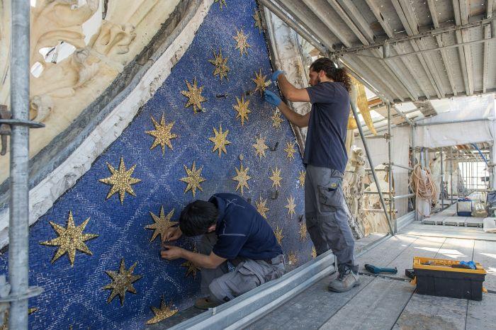 Venise : Chanel restaure le Lion de Saint Marc