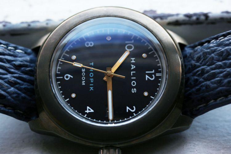 """Halios Tropik B : très jolie """"petite montre"""" en bronze"""