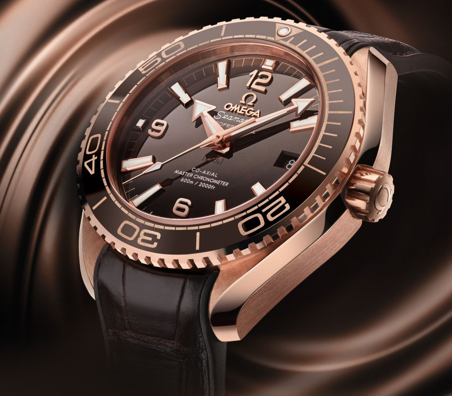 Omega Planet Ocean 600 M : or Sedna et céramique chocolat