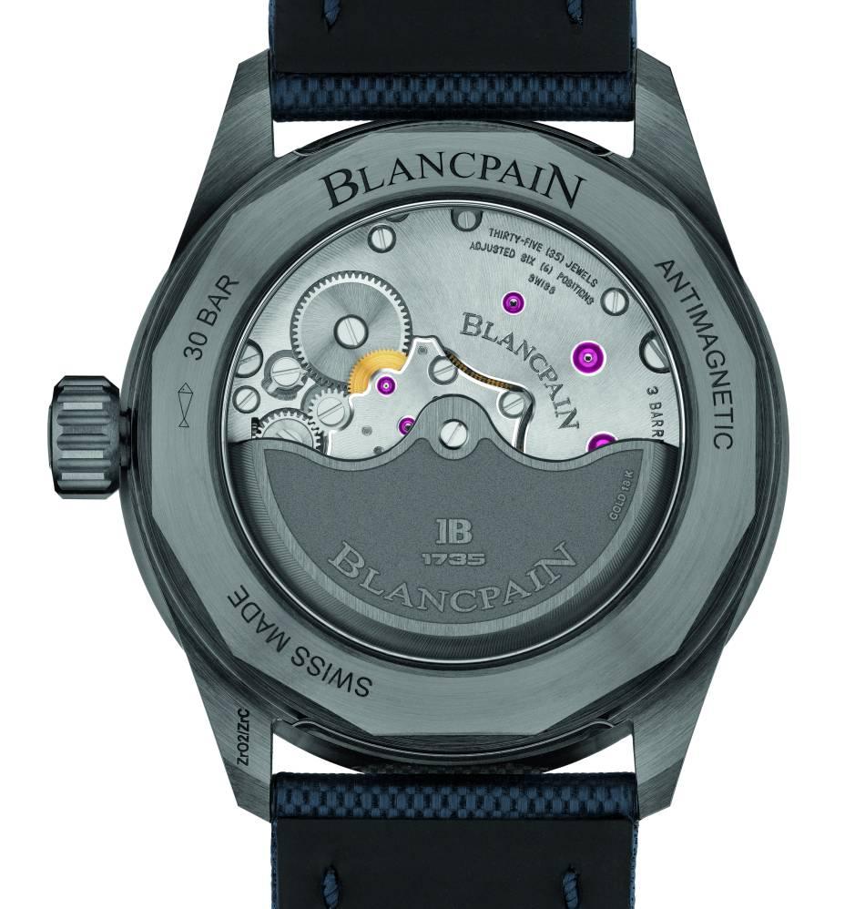 Blancpain Bathyscaphe : céramique plasma grise et cadran bleu